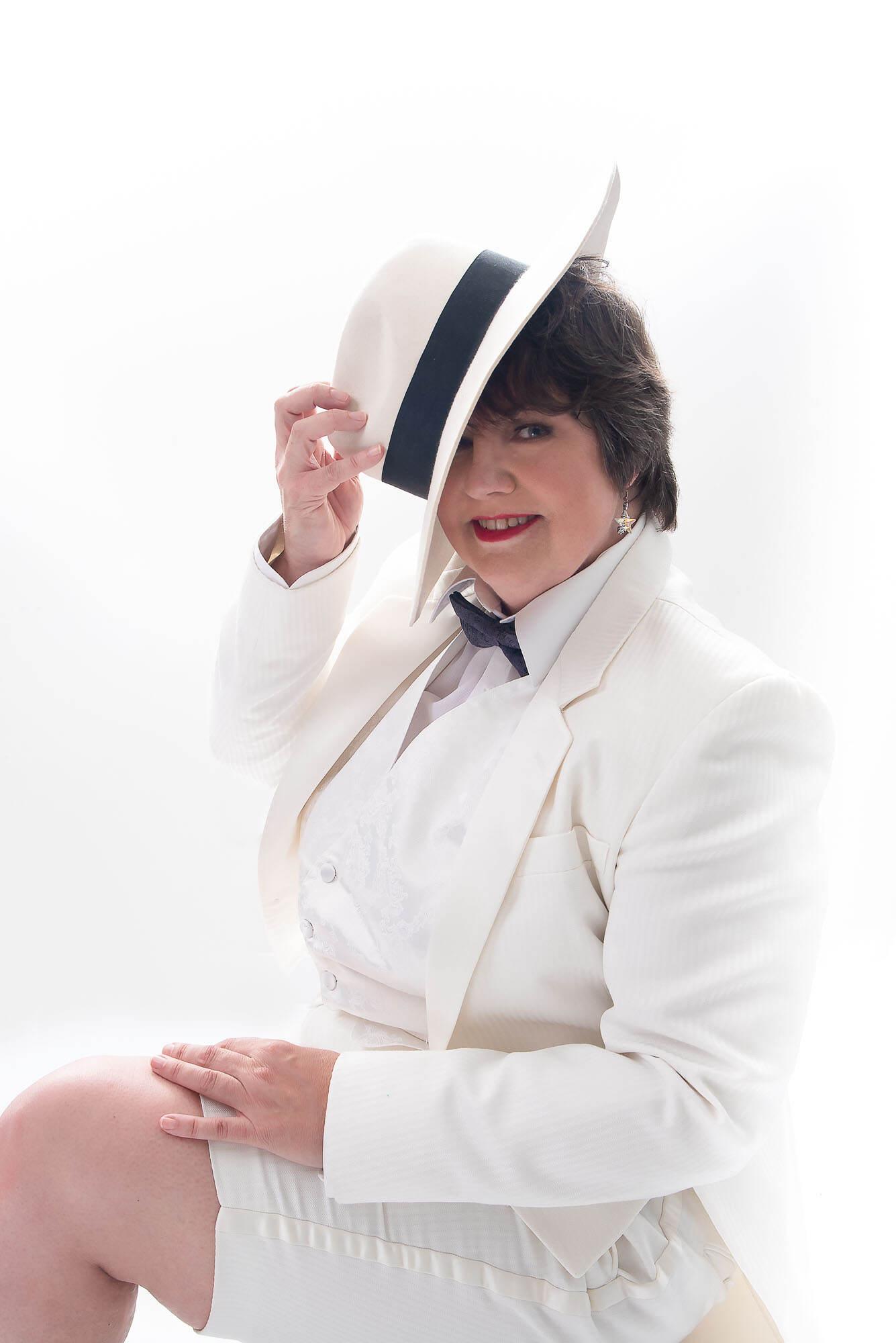Fabulous40Plus Portrait Special featuring Linda Clement